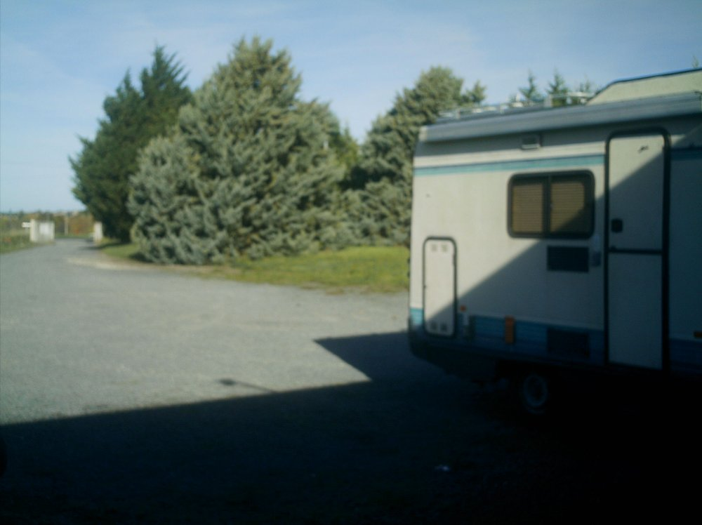 Aire camping-car à Ulmes (49700) - Photo 3